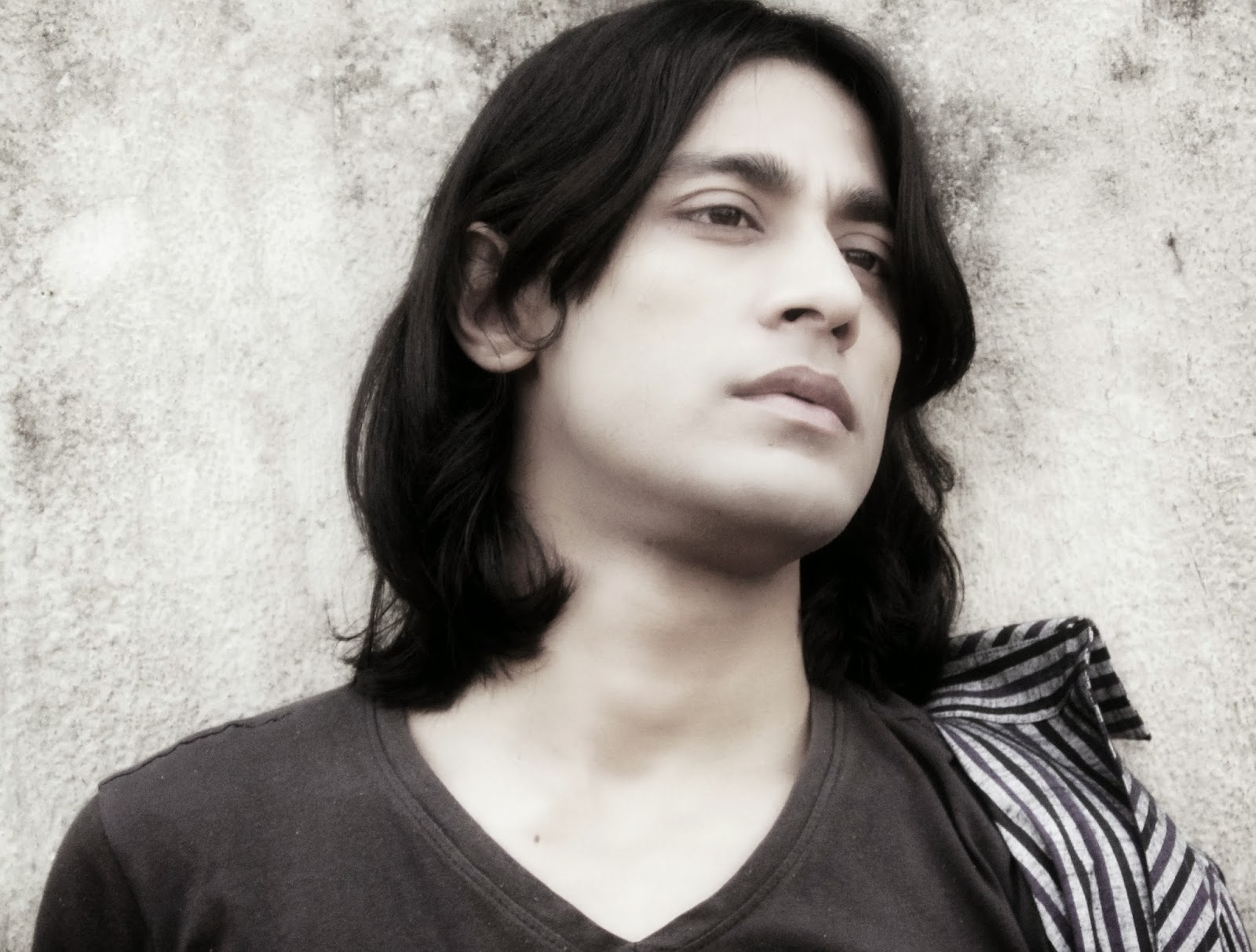 Rajkumar's eye expression by df creation