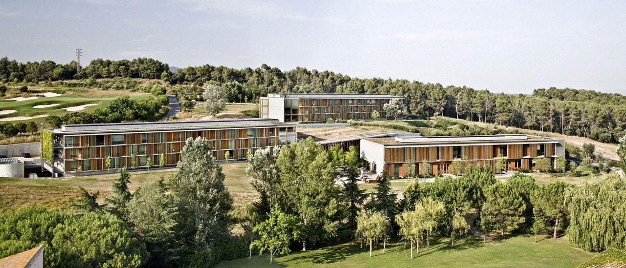 La mola hotel conference centre by b720 ferm n v zquez - Arquitectos terrassa ...