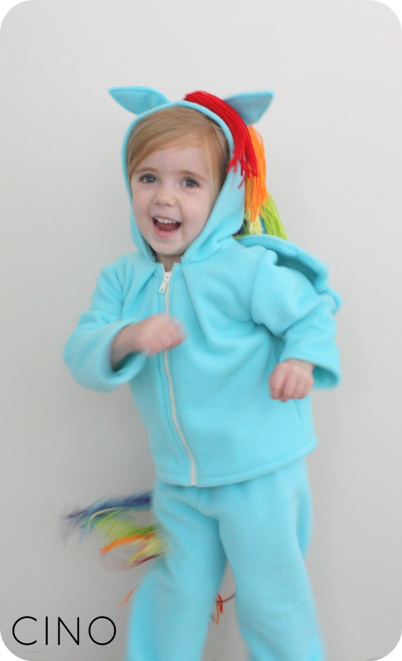sc 1 st  Craftiness Is Not Optional & Rainbow Dash costume