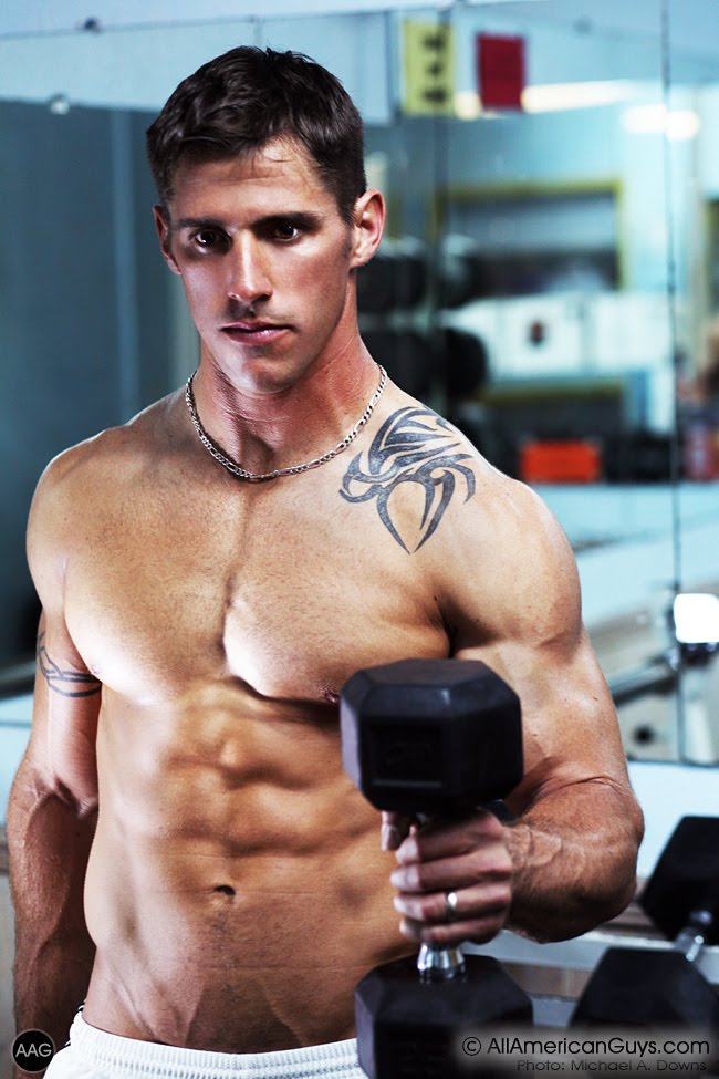 Picture About Fitness Model Thomas C