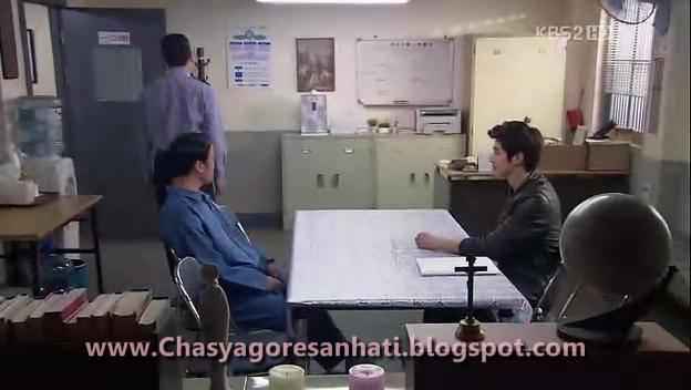 Kang Eun Chul terlihat berpikir keras diruang Tunggu,ia pergi kesana ...