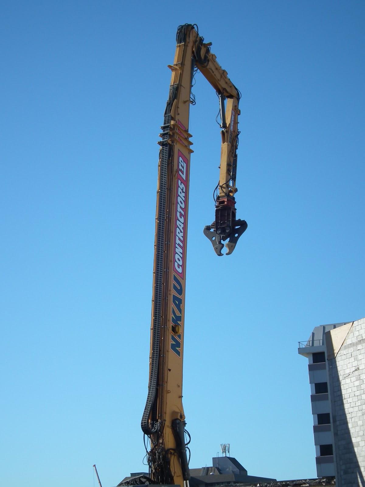 crane propping base
