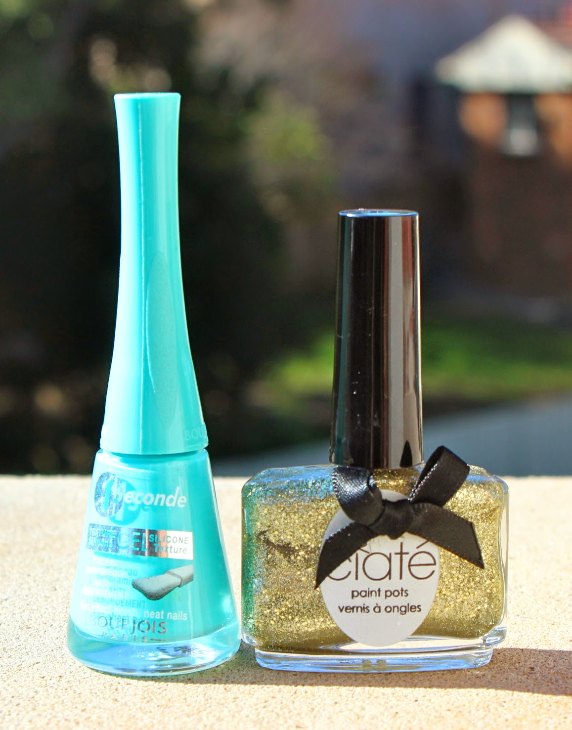 Manicure Monday: Bourjois Blue No Blues & Ciaté Carousel