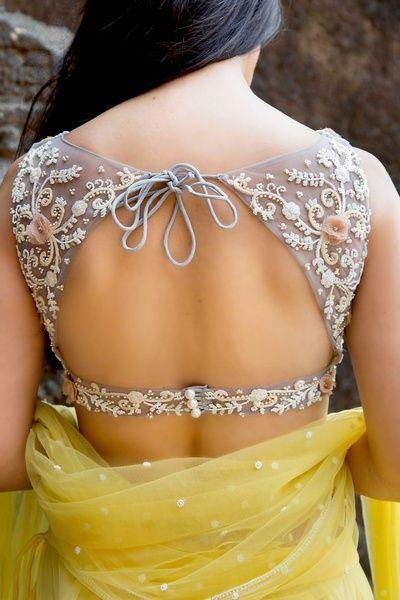 saree back hot