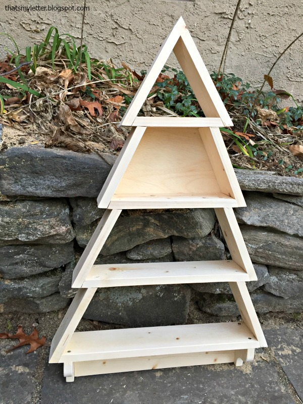 how to build a tree shelf