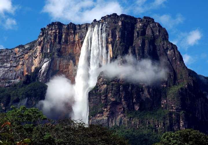 Angel Falls Air Terjun Tertinggi di Bumi