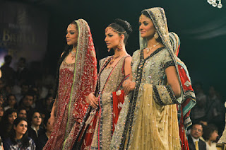 special pictures of the style 360 bridal couture week show check out