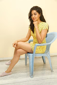 Sakshi chowdary sizzling pics-thumbnail-2