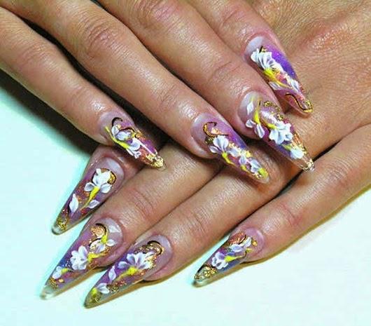 Längere und spitzige Nägel