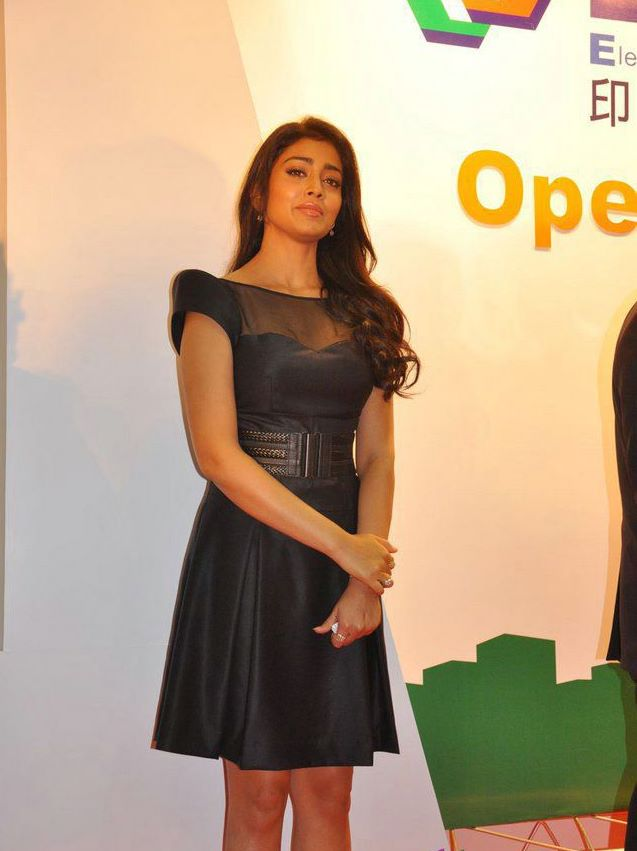 Shriya Saran in Black Dress - Shreya Saran Hot in Black Dress