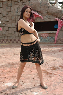 Kathanayaki Movie Hot Stills
