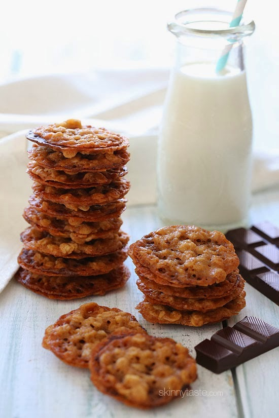 White Chocolate Oatmeal Lace Cookies | Skinnytaste