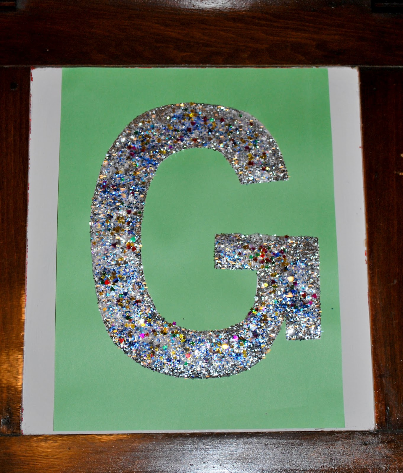 How to do something how to teach the alphabet the for Arts and crafts glitter