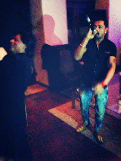 Inside SRK Celebrating Eid and Success of Chennai Express in Mannat