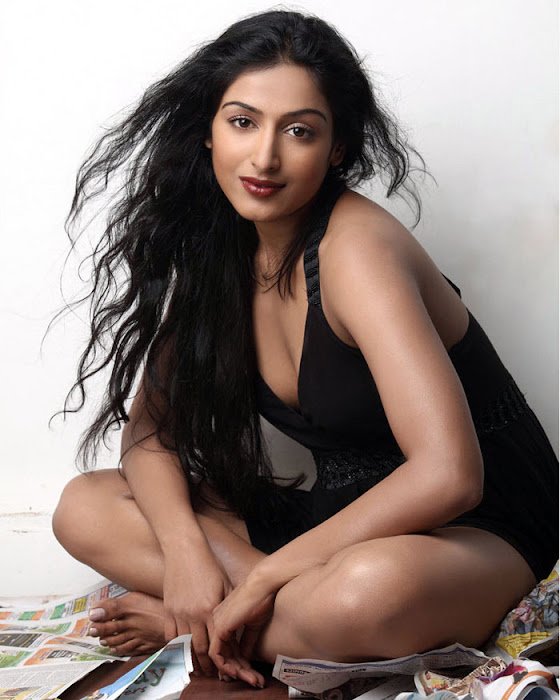 padmapriya new hot images