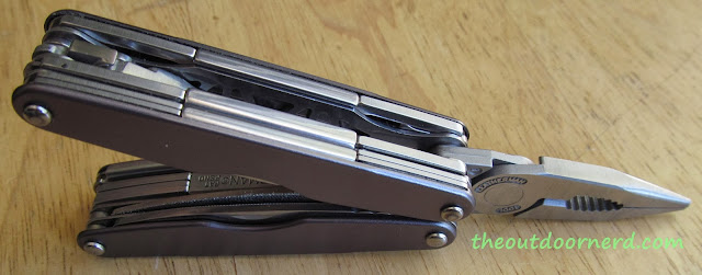 Leatherman Juice XE6 Multi-Tool: Opened Side