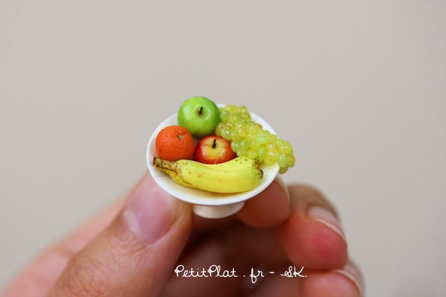 Miniature Fruit Bowl - Banane, Apples, Orange, Grapes - Miniature Food Art by Stephanie Kilgast, PetitPlat