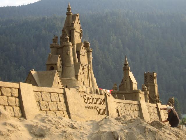 Amazing-Sand-castles-11