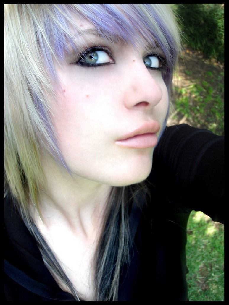 Purple Emo Hairstyle Celebrities Hairstyle Gallery