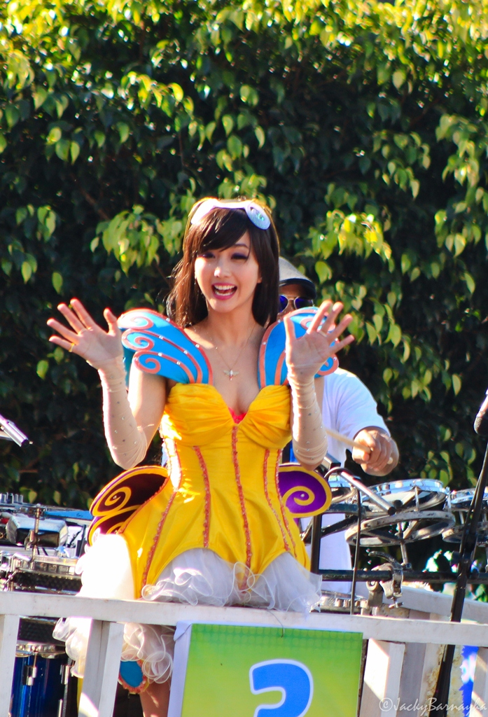 alodia gosiengfiao cosplay at panagbenga parade 02