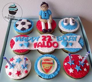 arsenal cupcake