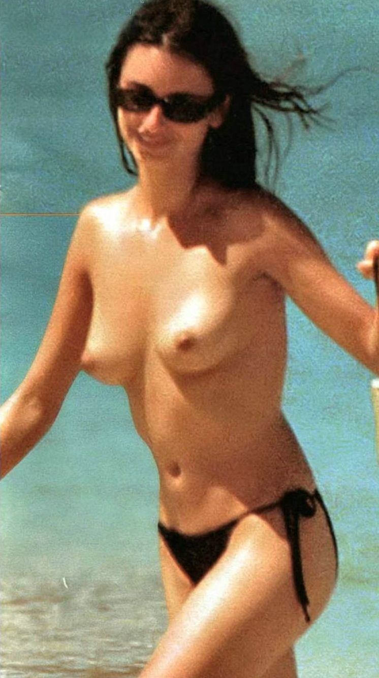 penelope-cruz-naked-picture