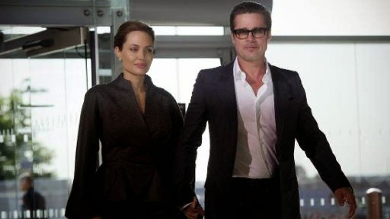 Brad et Angelina se sont passé la bague au doigt