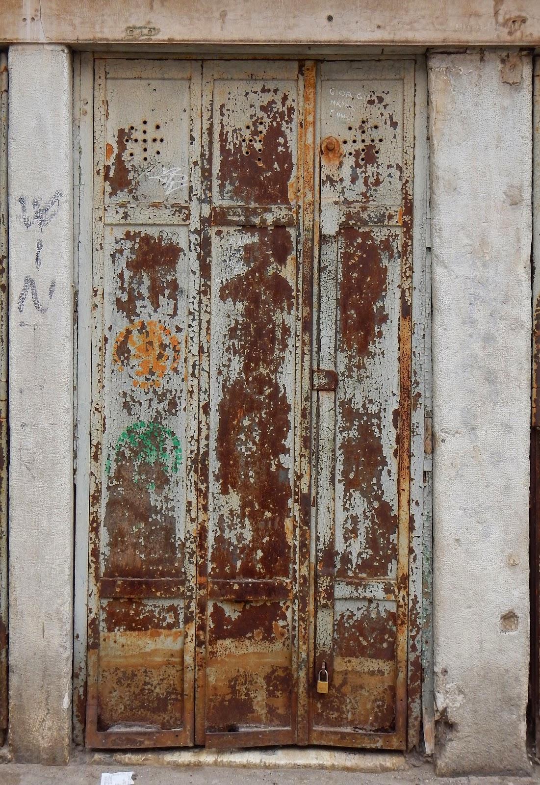 Rusty Metal Door in z 3d: texture(metal door)