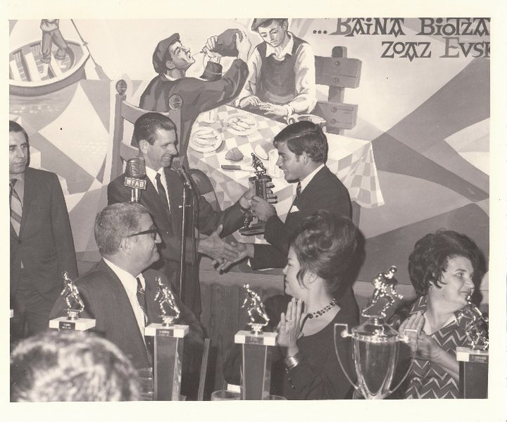 Los Cubanitos Award Ceremonies