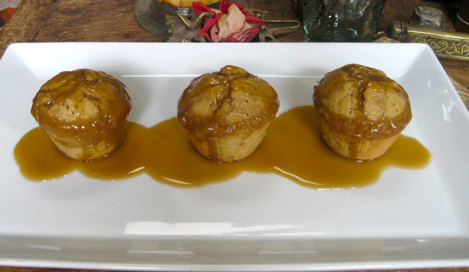 Flavors of the Sun: Sticky Toffee Banana Pudding Cakes