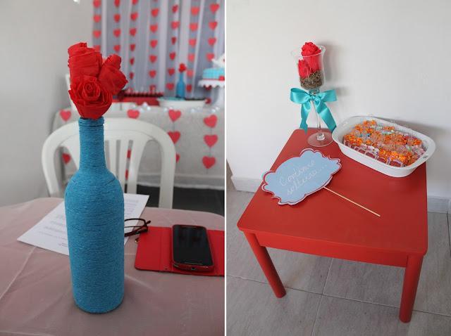 Chá de cozinha vermelho e azul