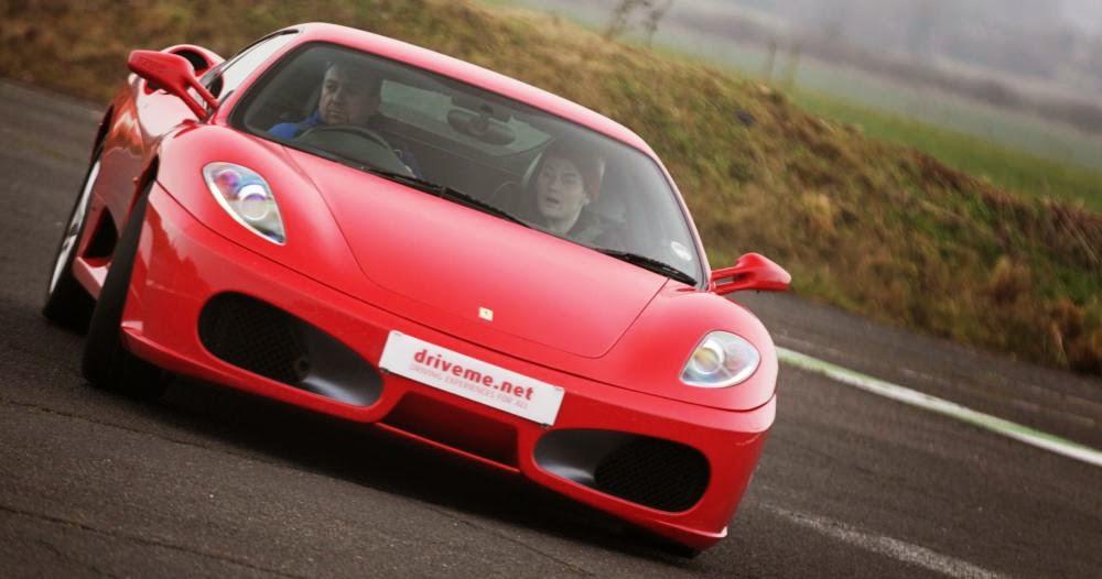 Drive R8, McLaren, Aston and 458