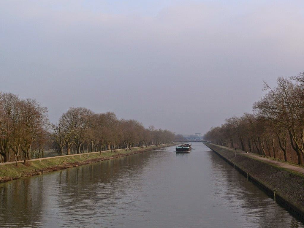 Frachtschiff Wasser Brücke Frühling Sonne Spaziergang