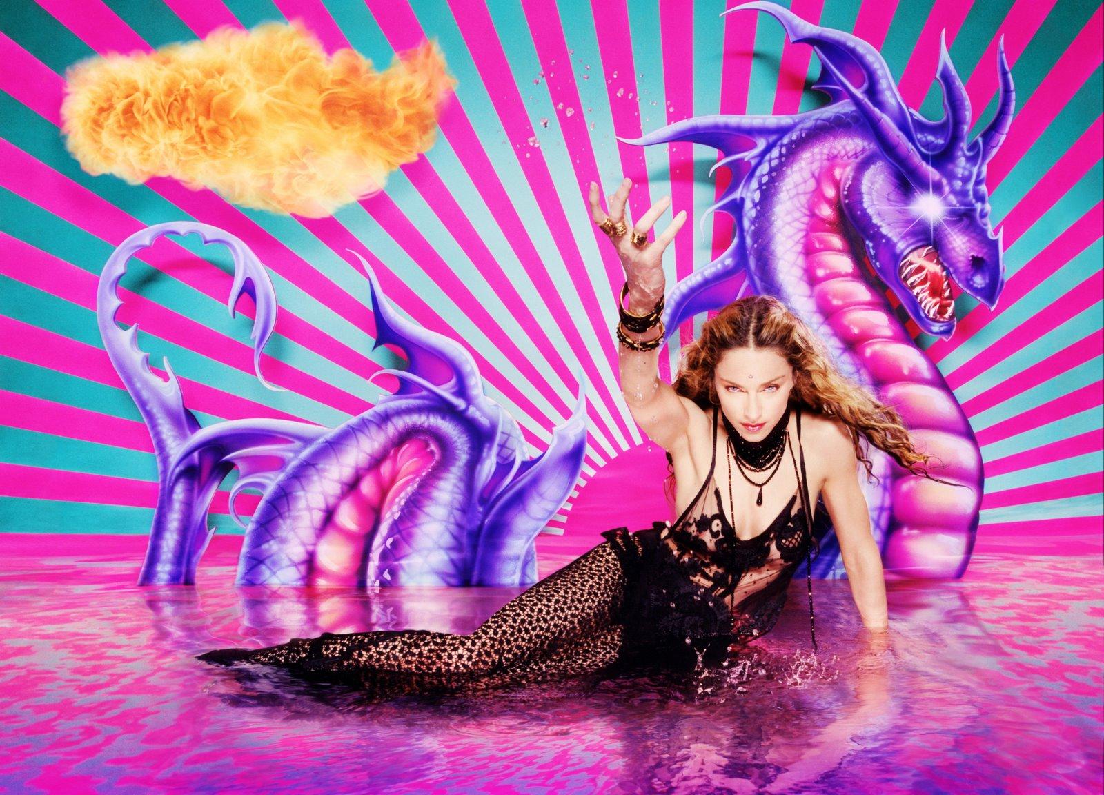 http://4.bp.blogspot.com/-80z-HOqc2Nc/Tuwz4R9ajTI/AAAAAAAAA10/5LMW_2mulms/s1600/La+Chapelle+Madonna+03.jpeg