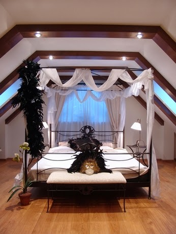 decorative beams illuminated for bedroom