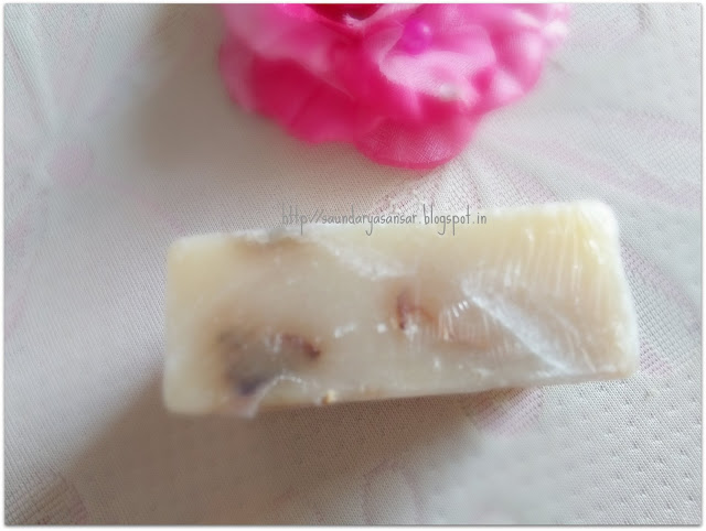 Khadi Rose & Honey Soap with Rose Petals Review