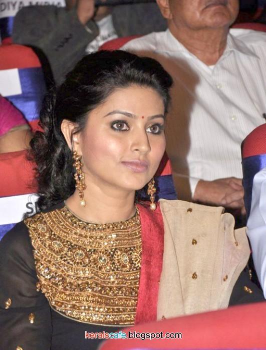 Sneha latest hot stills,Sneha hot mallu & Tamil Actress Gallery ...