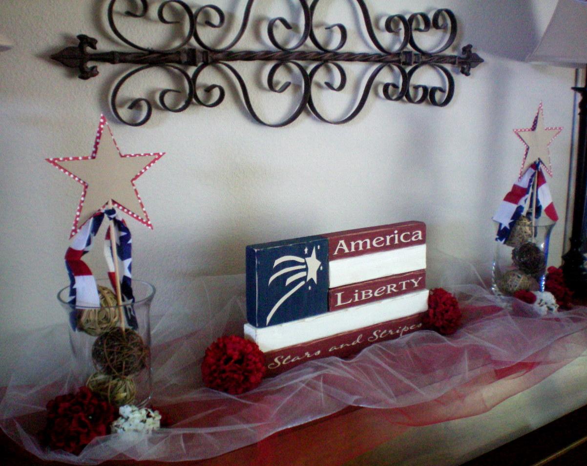 Red white blue home decor craft o maniac for Patriotic home decorations