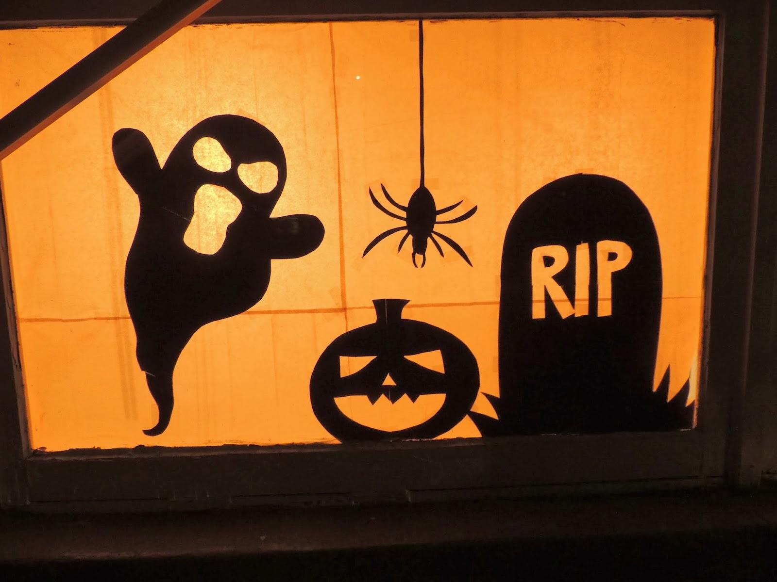 jessica mae diy halloween window silhouettes. Black Bedroom Furniture Sets. Home Design Ideas