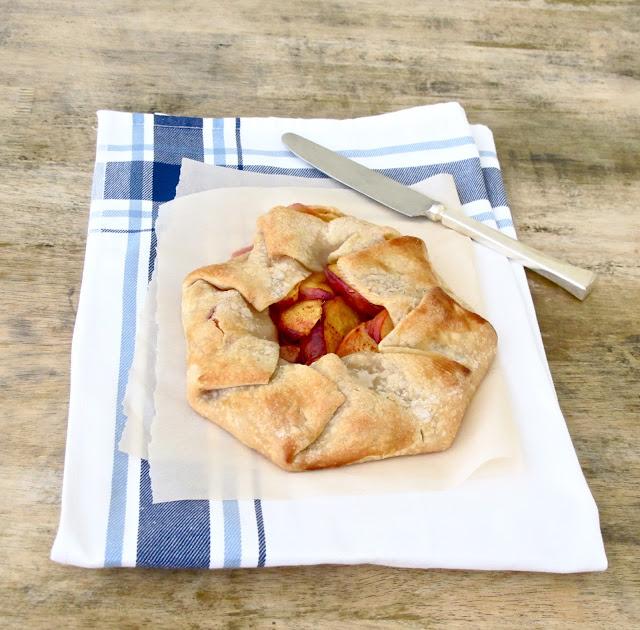 Jenny Steffens Hobick: Peach Crostata | Simple Summer Peach Dessert ...