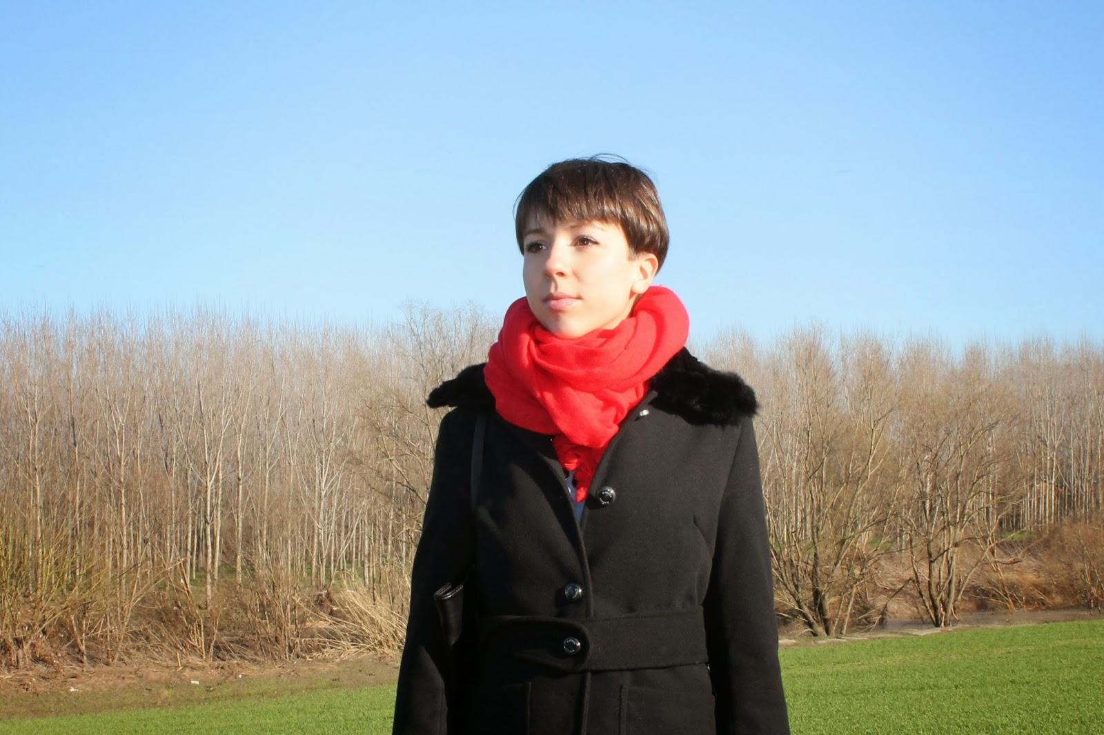 Camaieu red scarf