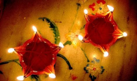 Diyas_Beautiful_Diwali_Greeting
