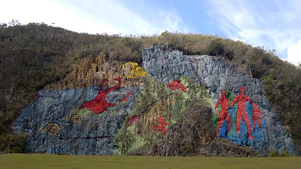 Cuba a special island mural de la prehistoria in the for Mural de la prehistoria cuba
