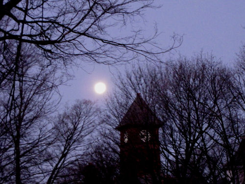 moon over Mason County Courthouse