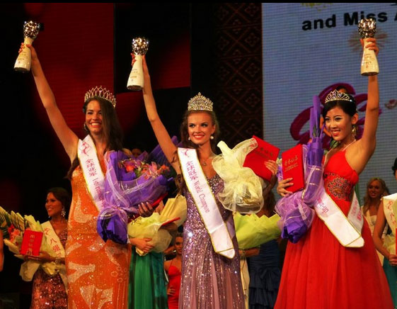Miss All Nations 2012 winners Sanja Urosevic, Daria Patkova and Fay Li