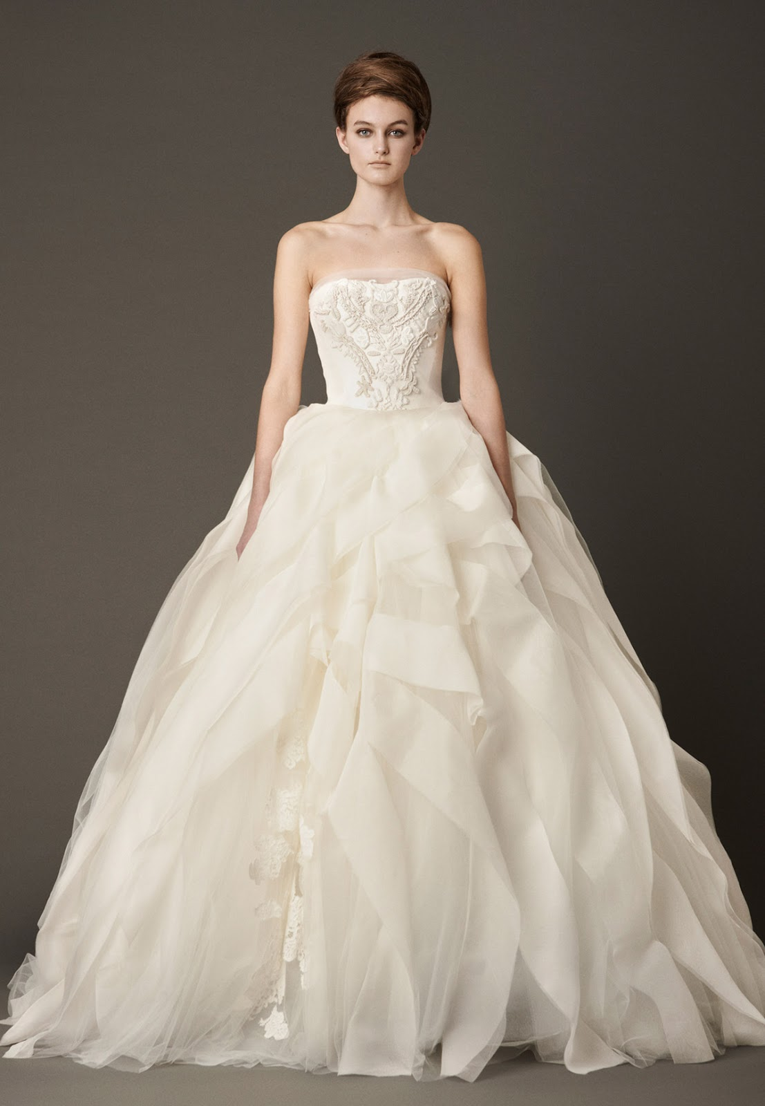 Dressybridal vera wang fall 2013 ruffled wedding gowns for Where to buy vera wang wedding dresses