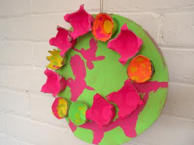 make hanging spring egg carton flowers