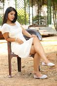 Yamini bhaskar glam pix-thumbnail-2