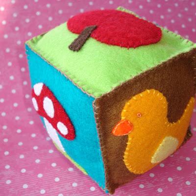 Felt+cube+008+crop
