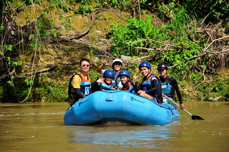 white water rafting instructions